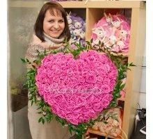 Букет-сердце из 101 розы розовой + рускус