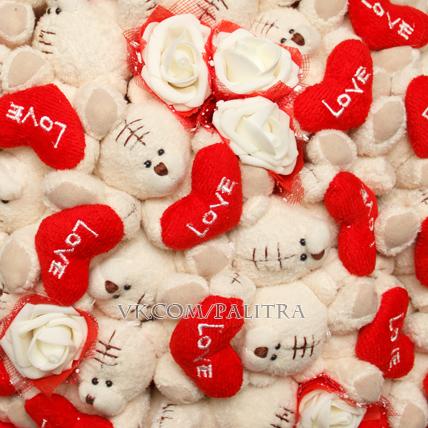 Букет из 33 кремовых мишек «Тедди»