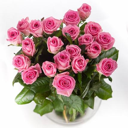 25 роз «Аква»