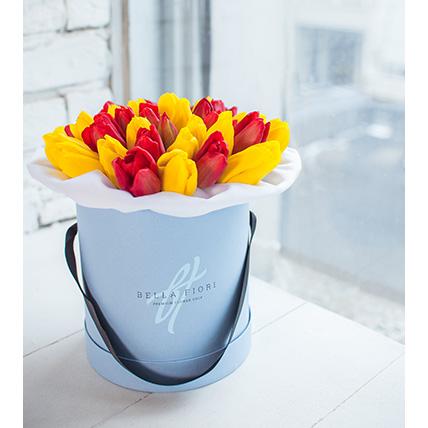 Коробка малая с красными и желтыми тюльпанами