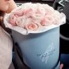 Пионовидные розы Девида Остина в коробке