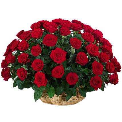 Корзина из 101 бордовой розы «Гран-при»