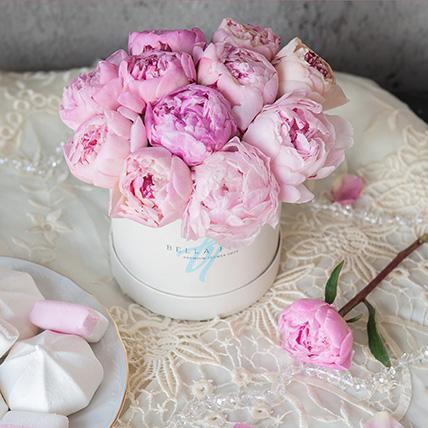 Нежно-розовые пионы в коробке Baby