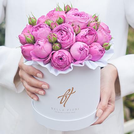Пионовидные розы «Мисти бабблс» в белой коробке Small