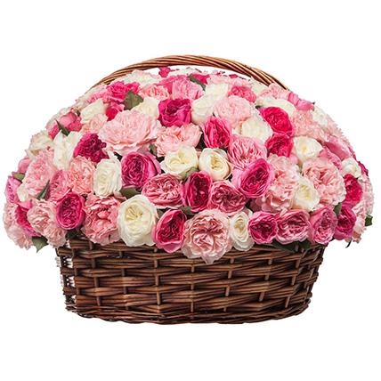 Корзина из пионовидных роз «Незабываемое впечатление»