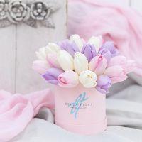 Коробка с тюльпанами №1
