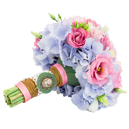 Свадебный букет с пионовидными розами и гортензией №12