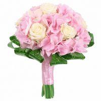 Букет из гортензии и роз №13