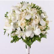 Свадебный букет невесты с фрезией и орхидеей «Дендробиум» №63