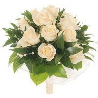 Букет из кремовых роз №120