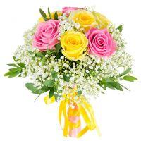 Свадебный букет невесты с розами и гипсофилой №122