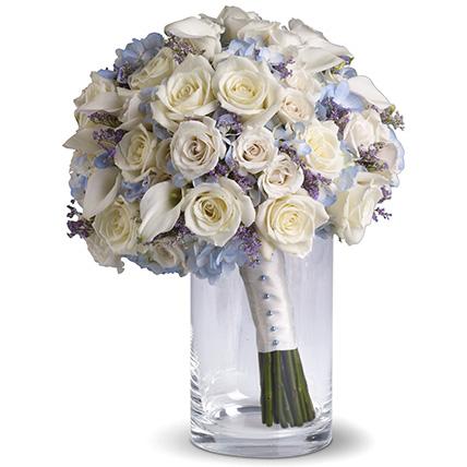 Букет с розами и гортензией №129
