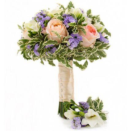 Букет с пионовидными розами и фрезией №152