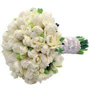 Букет из фрезий и белых тюльпанов №174