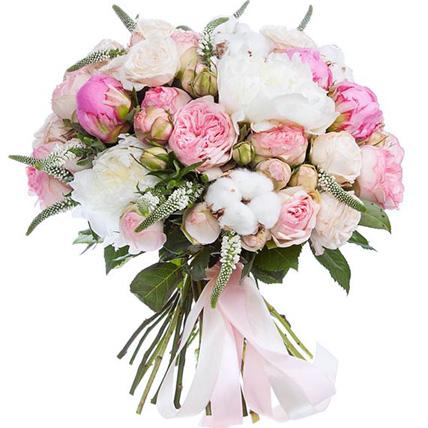 Букет с пионами и пионовидными розами «Волнующий»