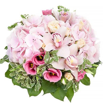 Корзина с орхидеями и гортензией «Вуаль»