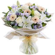 Букет с лилиями и розами «Аннабель»