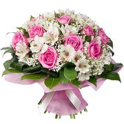 Букет из розовых роз и альстромерий «Нежный шелк»