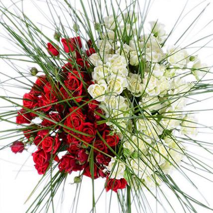 Букет кустовых роз  «Страсть и нежность»