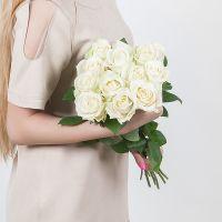 11 белых роз (70 см)