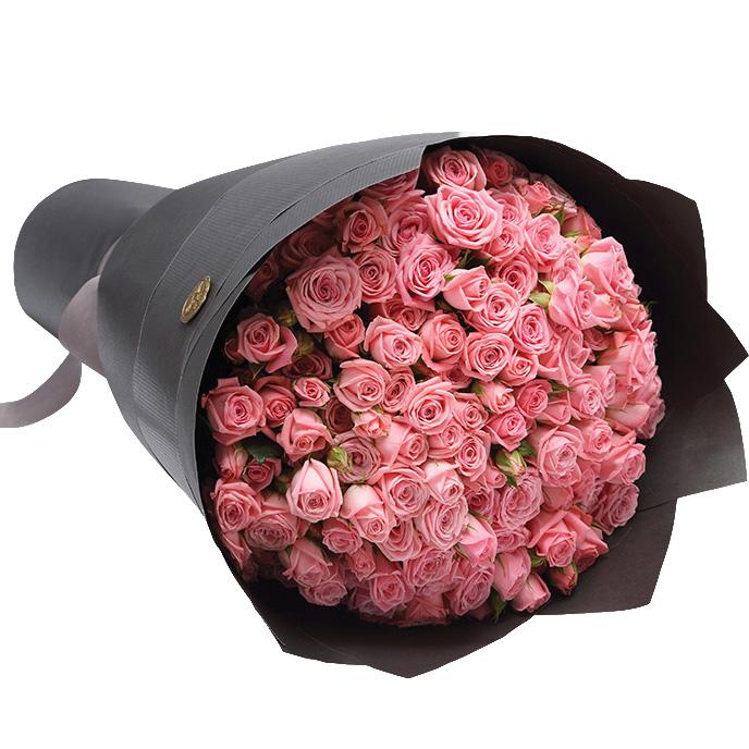 29 кустовых розовых роз с оформлением