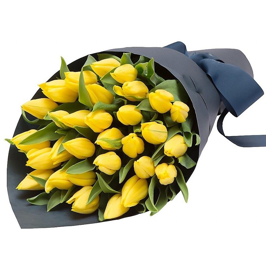 Букет «Стиль» из желтых тюльпанов с оформлением