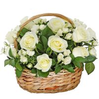 Корзина с белыми розами «Сноуфлейк»