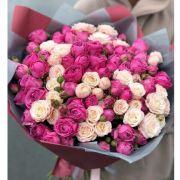 Букет с розами «Бомбастик» и «Мисти бабблс» (39 шт)
