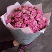 Букет с пионовидными розами «Мисти бабблс» (19 шт)