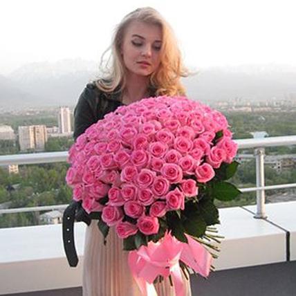 101 розовая роза «Аква»
