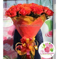 101 роза: оранжевая + алая