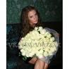 81 белая роза «Вайт Наоми»