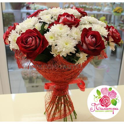 Букет из роз «Люксор» + хризантемы