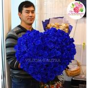 Сердце из 101 синей розы (80см)