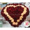 Букет - серде из 101 розы кремовой и красной