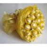 Букет из 19 конфет «Ферреро» золотистый