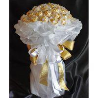 Букет из 39 конфет «Ферреро» белый
