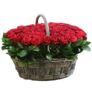 Корзина из 101 красной розы + рускус